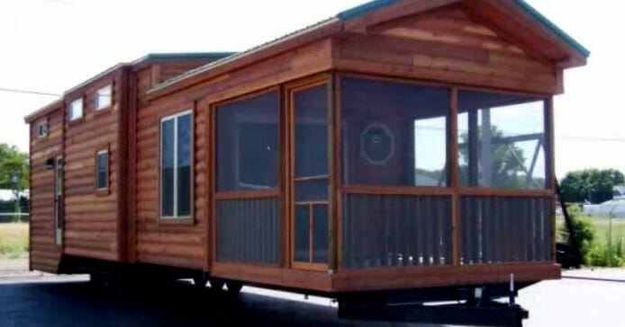 Tiny Home Designs: Step Inside The Tiny House On Wheels That Sleeps 6 People