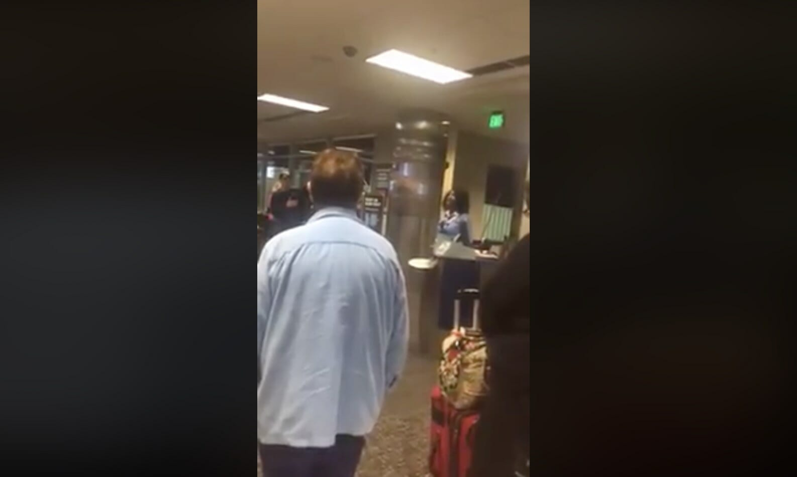 Woman Finds Out Deceased Veteran Is Aboard Plane, Refuses